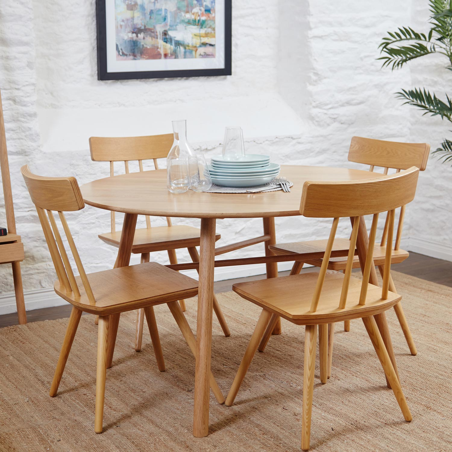 Whywood Round Oak Dining Table